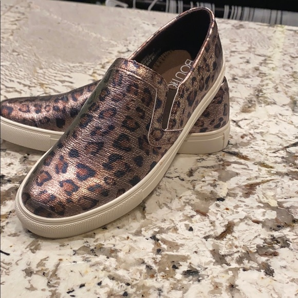Cheetah slip on NEVER WORN